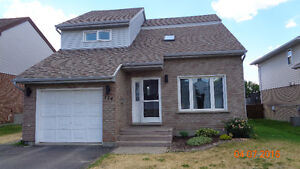 MOVE IN READY HOME IN GREAT NEW SUDBURY FAMILY NEIGHBOURHOOD