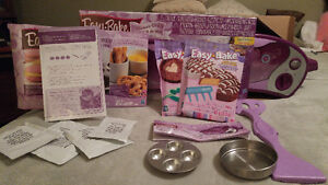 EASY BAKE OVEN WITH MIXES!