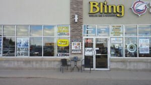 Commercial Unit for Lease in Busy Plaza
