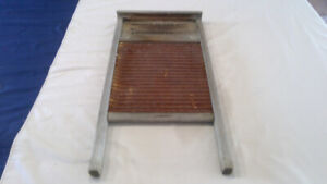 Antique wash board