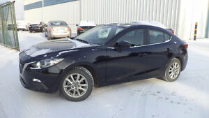 14 Mazda3 - auto - 4dr - LOADED - MAGS - A/C - ONLY 16,000KMS