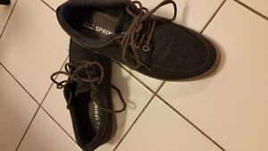 Men's Size 7 shoes