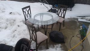 glass table n chairs $75