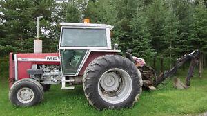 Massey ferguson 85 hp avec backhoe
