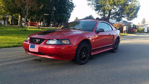 2002 Ford Mustang Base Model Coupe (2 door)