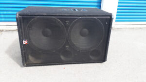 "Peavey SP218 Dual 18"" subwoofer Bass Bin (Black Widow Drivers)"