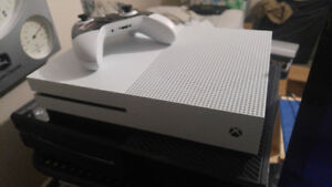 Xbox One S 500GB w/ Unused Master Chief Collection Download Code