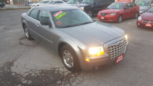 CHRYSLER 300 *** LOADED / CERTIFIED *** SALE $4995 100% APPROVED