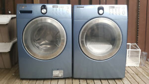 SAMSUNG WASHER AND DRYER FOR SALE!  700$ OBO