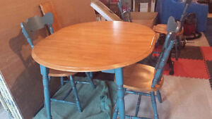 Solid Birch Table Set in Mint Condition