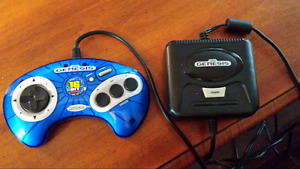 Mini Sega Genesis by Radica  (6 built in games)