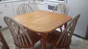Dining table and chairs..can deliver!!