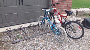 Very nice bike racks for lawn garage and apptms