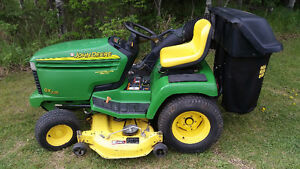 JD GX335 RIDING TRACTOR MOWER