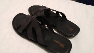 Browns sandals size 44