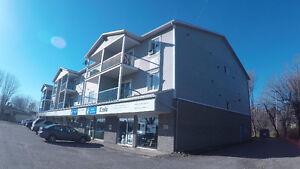 Local commercial à louer/rent à/at Trois-Rivières-Ouest!