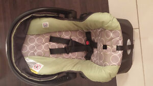 Baby car seat + base for sale - Evenflo ($35)