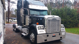 2007 freightliner classic with new rebuilt tranny and new clutch