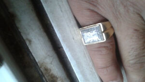 10k gold cluster diamond ring real gold real diamonds= 0.96kt