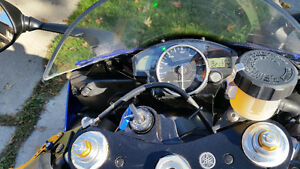 Extra clean great running Yamaha YZF Kitchener / Waterloo Kitchener Area image 4