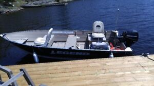 2013 Aluminum Fishing Boat with Trailer, seats and lights