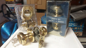 TWO (2) USED DOOR LOCK SETS, (COMPLETE WITH KEYS), ONE (1) NEW D