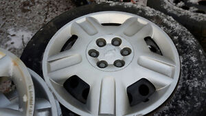 2007 CHEVY UPLANDER VAN RIMS AND TIRES 225/6017 WINTER