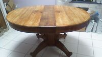 Solid Oak Pedestal Round Dining Table