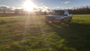 Low kilometer 1998 chevy 1500! Sell or trade!