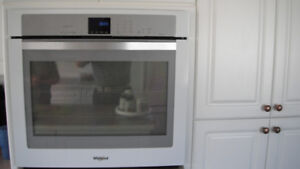 MAYTAG 30-inch Wall Oven with True Convection