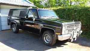 1985 Chevrolet C10 2 door Pickup Truck