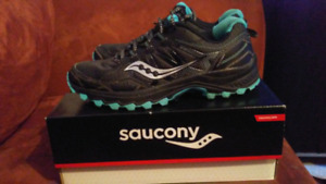 Womens Saucony Sneakers