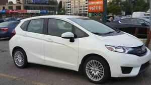 2017 Honda Fit  === Only 5,400 ===  NAVIGATION !!!!!!!!!