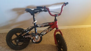 Kids MONGOOSE BMX