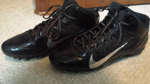 Size 11.5 Nike Alpha Pro FLYWIRE Cleats
