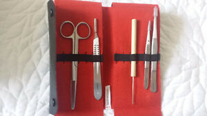 Biology 1030 dissecting kit