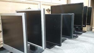 Moniteurs - écrans plats - plusieurs modèles