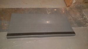 1 Stair tread, heavy duty with safety strip