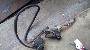Caliper with hoses and everything as shown Kitchener / Waterloo Kitchener Area image 3