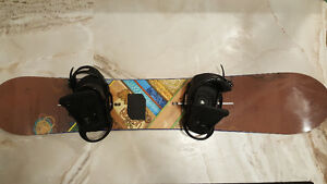 Burton Malolo 164 Snowboard with boots and bindings West Island Greater Montréal image 3