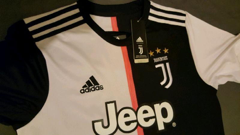 big sale ad21c e0dc9 Juventus 2019 - 2020 Jersey Size L Ronaldo player version   in Enfield,  London   Gumtree