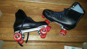 Size 9 never used roller skates