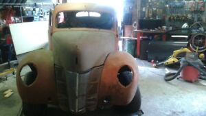 1940 Ford Tudor Deluxe great for custom, rat rod or even a resto