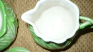 "VINTAGE ADORABLE ""ESTE ITALY"" CABBAGE SHAPED SUGAR & CREAM SET Kitchener / Waterloo Kitchener Area image 10"