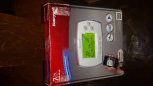 Very nice program able.  WiFi thermostat.