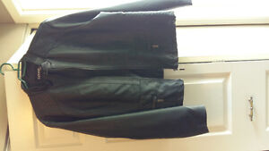 4 Women's coats/varried prices/sizes