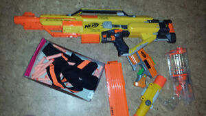 MOVING SALE!!! 3 Nerf Guns with accessories!!