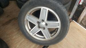 4 MAG JEEP avec pneu users 7JJ X 17 ( 5X114.3)