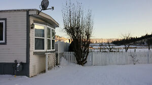 3bed mobile, lg private yard, in mhp,cherry creek