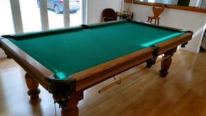 8' Dufferin Pool Table